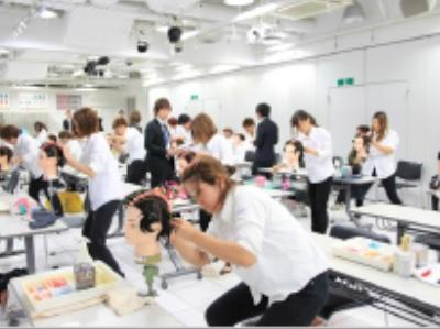 本部では幅広い技術を習得する各種セミナーも開催!
