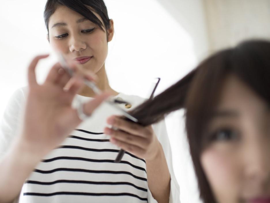 美容師アシスタント(中途)【サロン・ド・ジュン/コア新田店】