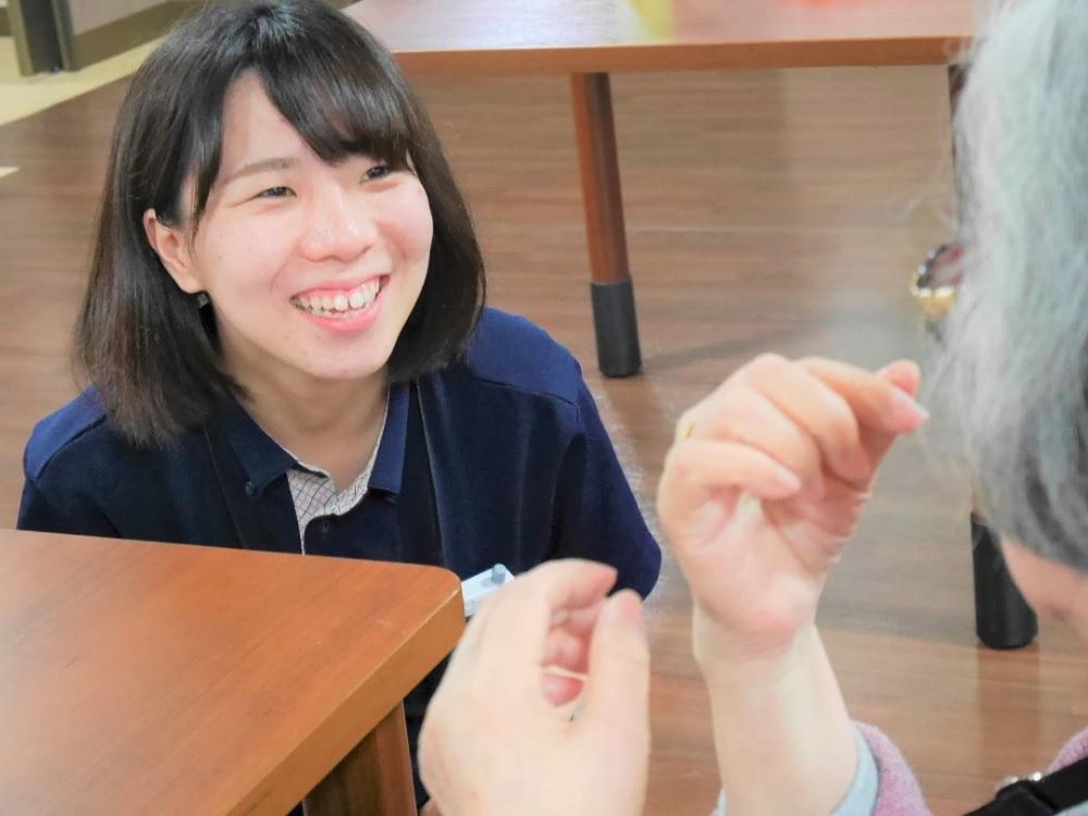介護福祉士職員【サービス付き高齢者向け住宅/ヴィラあかし】