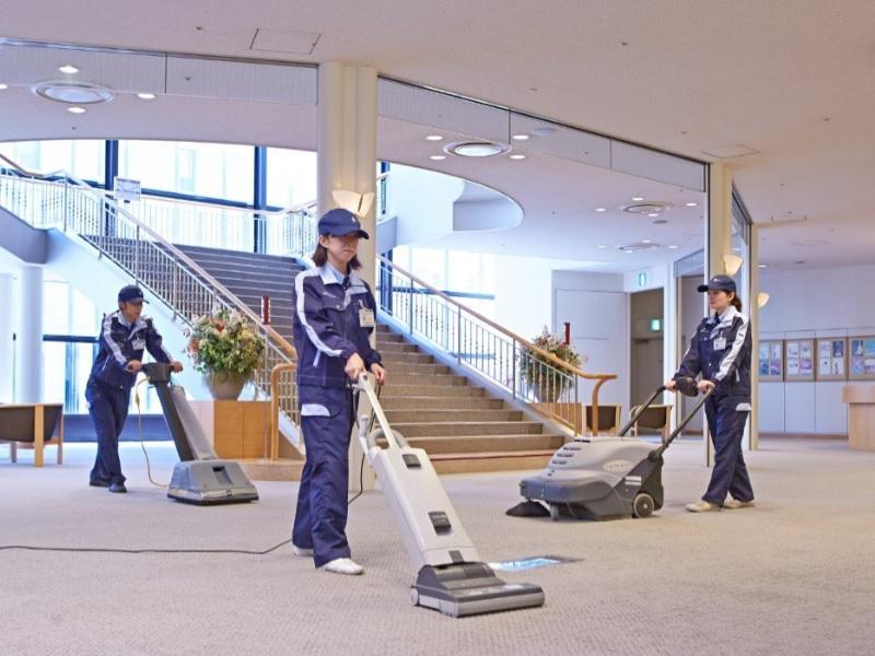 気持ちよく働けるような清潔な環境を作ることが使命です。